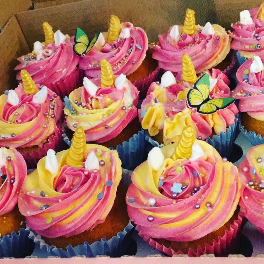 Unicorn cupcakes vanilla